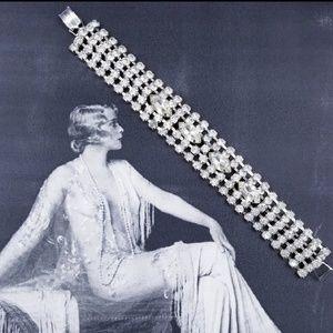 Vintage prong set rhinestone bracelet